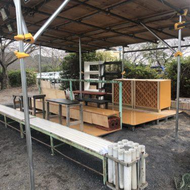 野球のベンチも建てちゃいます。