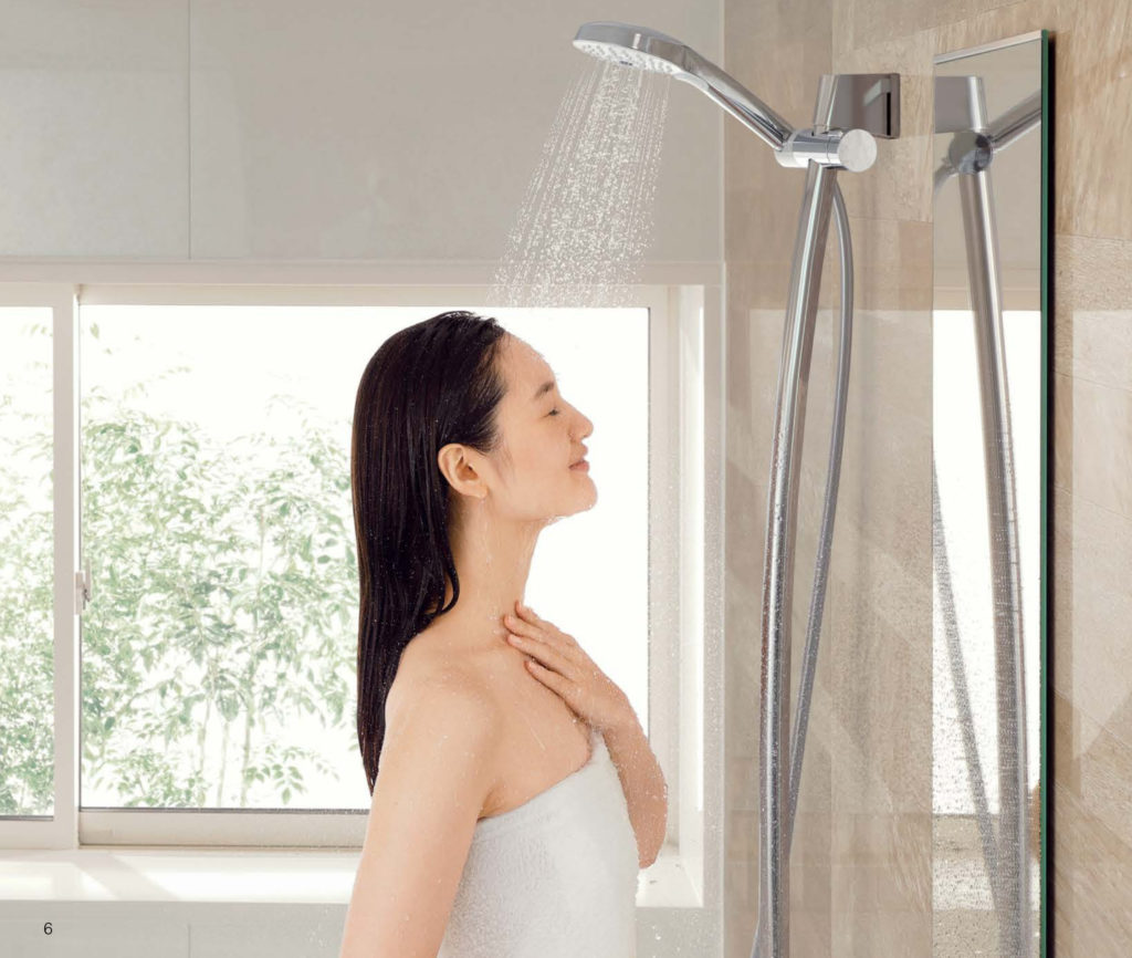 TOTOお風呂(サザナ)シャワー写真